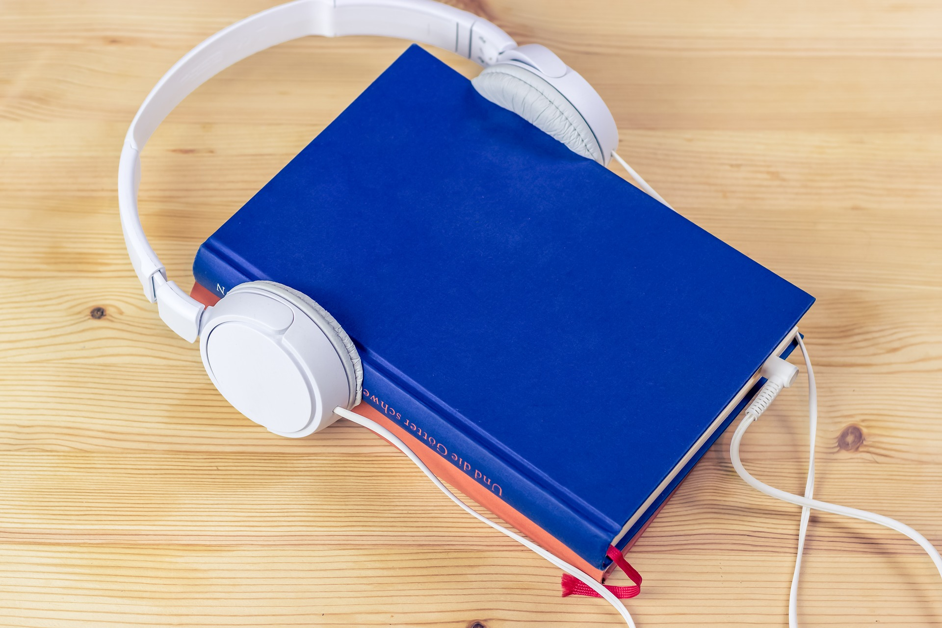 Audiobook (Quelle: Pixabay - Freie kommerzielle Nutzung Kein Bildnachweis nötig)