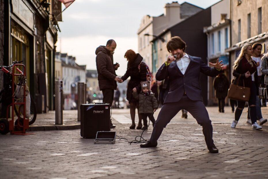 Strassenmusiker (Quelle: Unsplash)