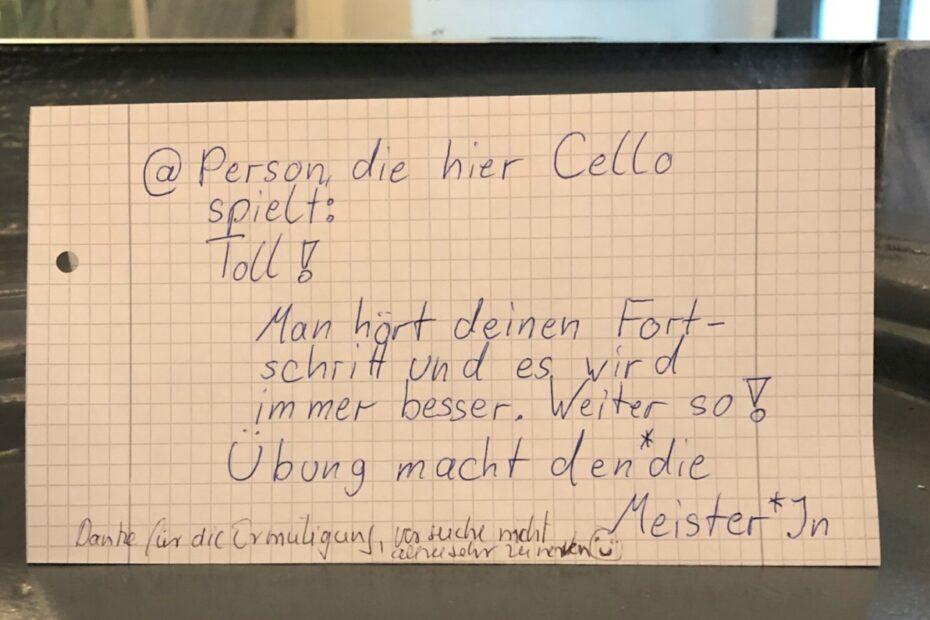 Sie spielte Cello (Quelle: Notes Of Berlin)