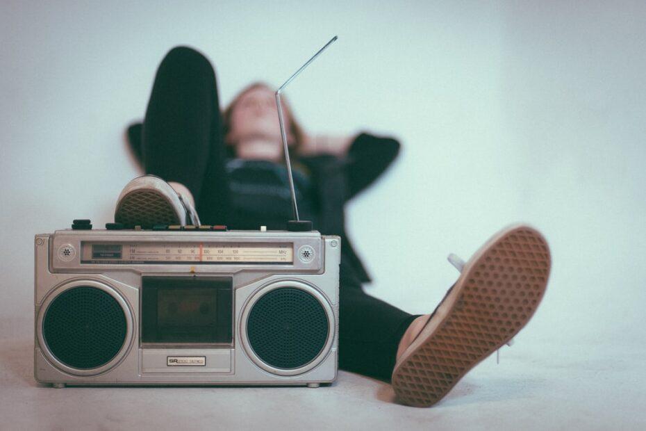 Radio hören (Foto: Unsplash)