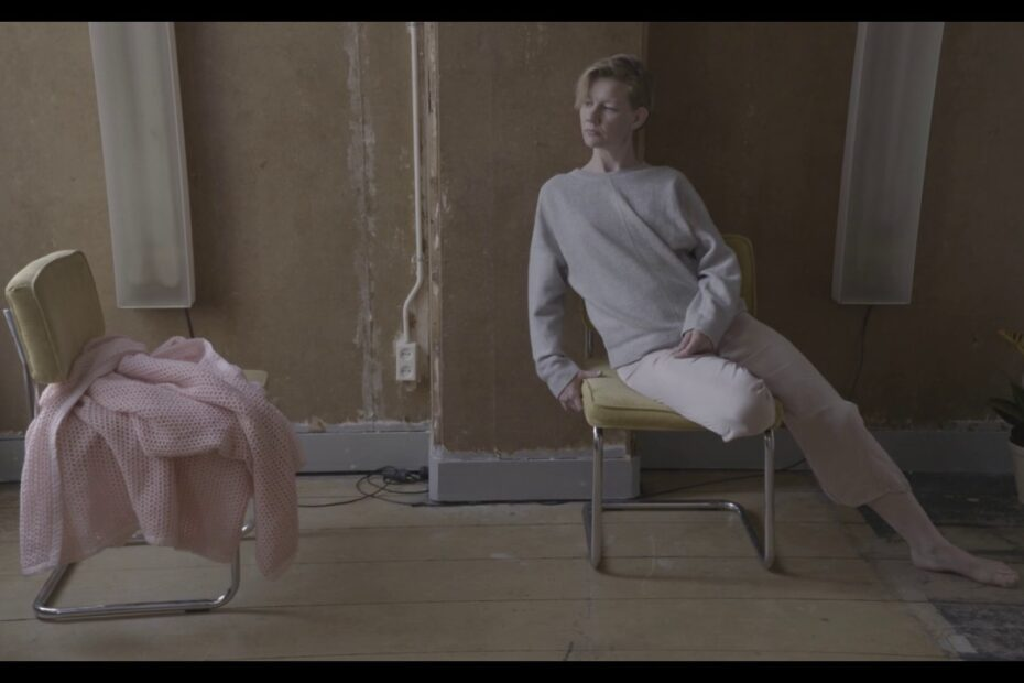 Sandra Hüller - The One (Video Thumbnail)